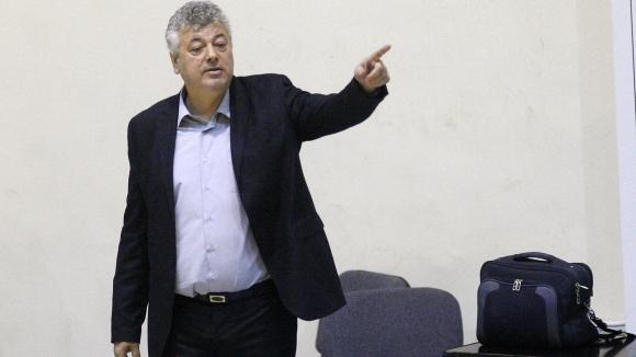 Спас Натов: Опитваме да се надиграваме с всеки