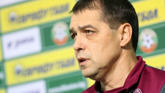 Петър Хубчев да си повярва и да вдигне играчите