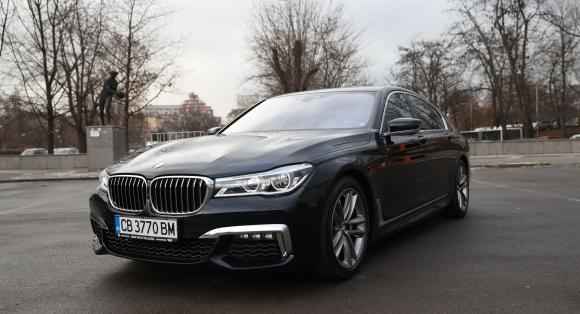 BMW Серия 7 предрича бъдещето (Галерия)