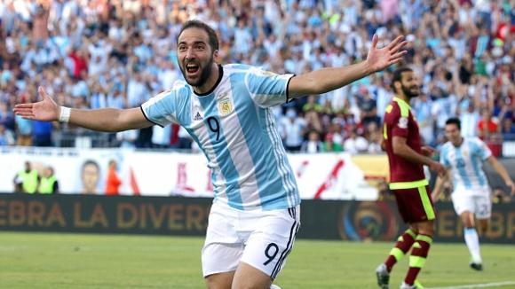 Игуаин изненада Аржентина: Роналдо е най-добрият в историята