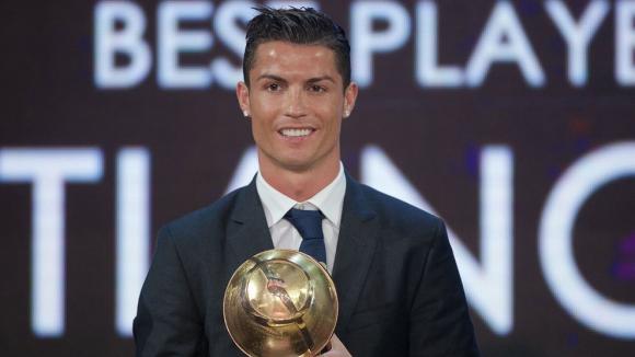 Кристиано взе и Globe Soccer Award