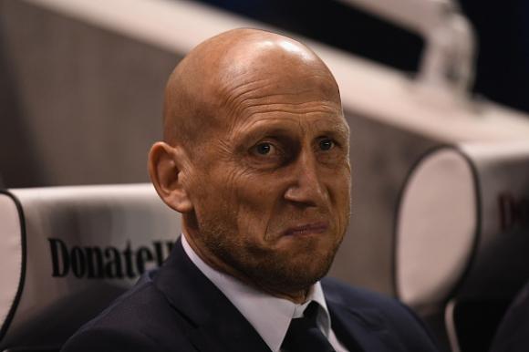 Яп Стам фаворит за треньор на Суонзи