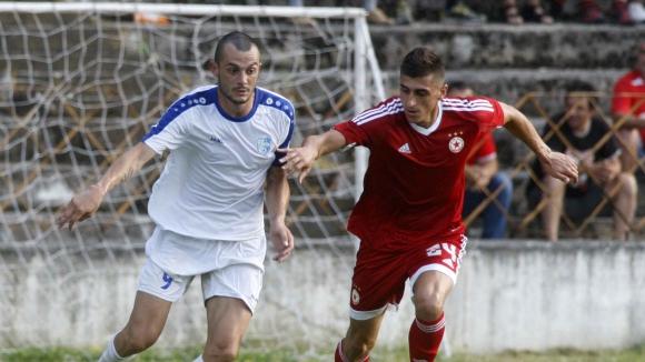 Спартак (Плевен) уреди пет контроли, почва срещу дубъла на ЦСКА-София