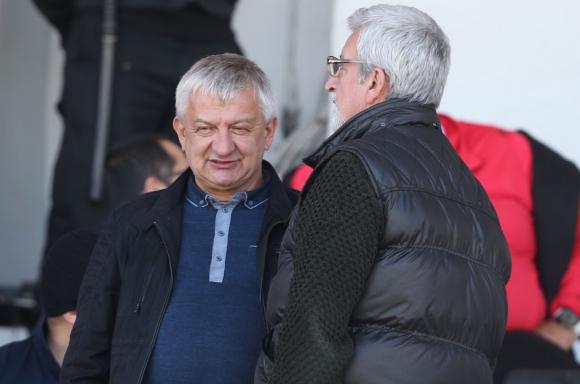 Крушарски обяви каква сума е платил по задължения на Локо (Пд)