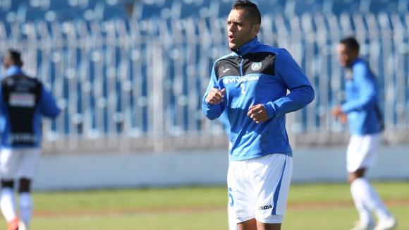 Левски не бърза с новия договор на Сашо Александров