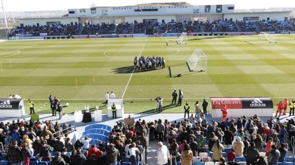 Над 6000 гледаха тренировката на Реал Мадрид