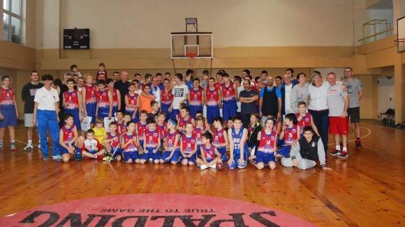 Три поколения баскетболни легенди събра БУБА