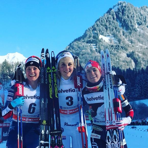 """Стина Нилсон спечели скиатлона от веригата """"Тур дьо ски"""" в Оберстдорф (видео)"""