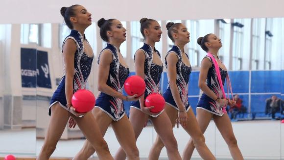 Това е новият ансамбъл на България по художествена гимнастика (видео + галерия)