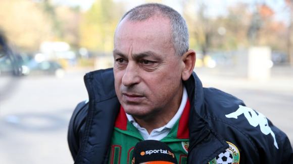 Мадански: Българските треньори разбират и от автобуси и поливане