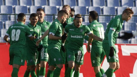 Лудогорец хвърли здрав пердах на новак в Първа лига (видео)