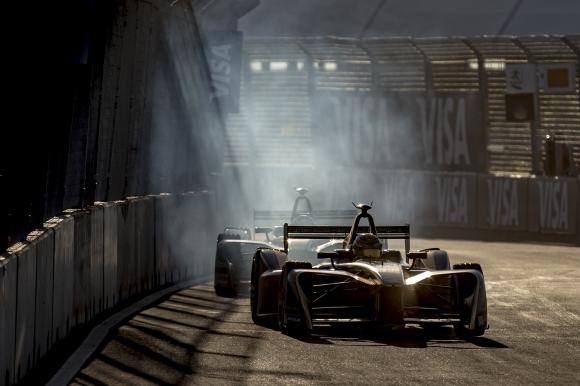 Експилотът на Хаас ще бъде съотбоник на Жан-Ерик Верн във Формула Е