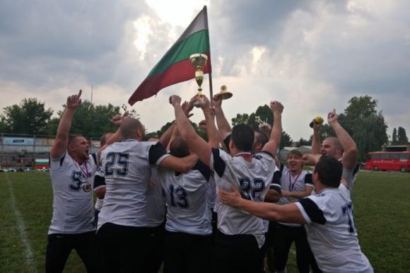 """Сръбски страхливци не пускат """"мечките"""" в Лигата"""