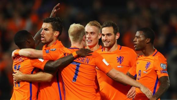 България ще се крие, Холандия - не
