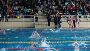 """Петър Стойчев и спортният министър аплодираха победителите в """"Aqua Sphere Cup 2017"""""""