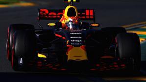 Хорнер: Изоставаме с 0.5 секунди от Ферари и Мерцедес