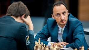 Топалов и Крамник завършиха реми в третия кръг на Шамкир Чес