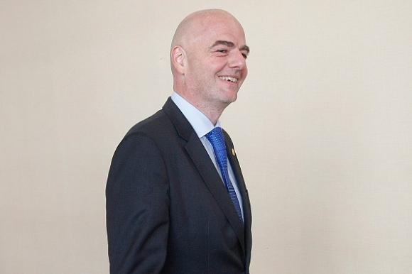 Започва разследване срещу президента на ФИФА