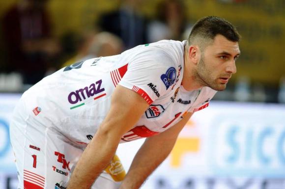 Супер Цецо Соколов с 23 точки, Лубе с бронза от...