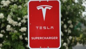 Tesla създава зарядна станция в България
