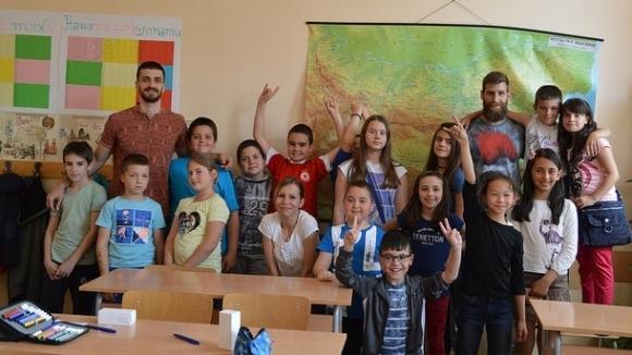 Заедно в час с баскетболните национали Чавдар Костов и Станимир Маринов