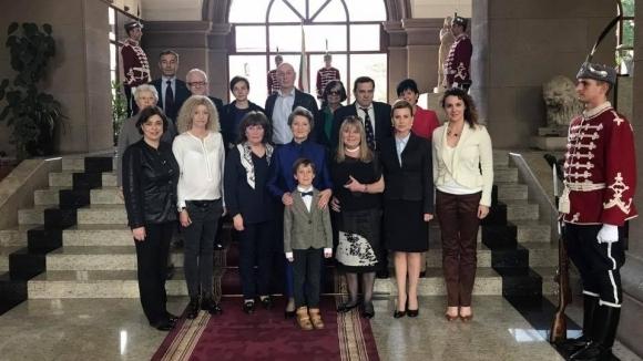 """Президентът Румен Радев връчи орден """"Стара планина"""" 1-ва степен на Мария Гигова"""