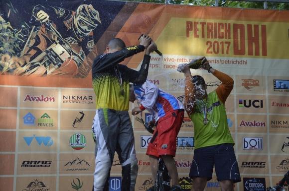 Над 90 колоездачи се включиха в първия кръг от Българските даунхил серии