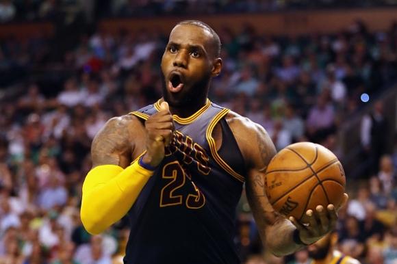 """ЛеБрон Джеймс за 11-и път в """"Идеалния отбор"""" в НБА"""