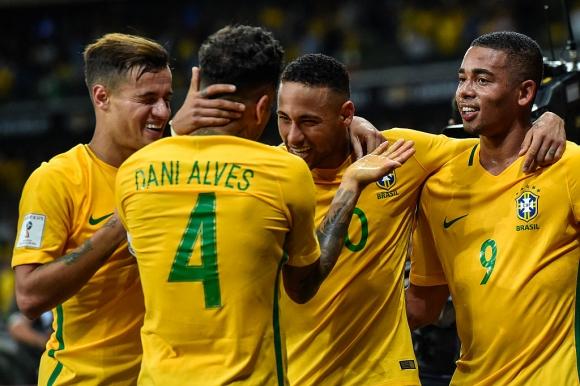Бразилия ще играе контролите през юни без куп звезди