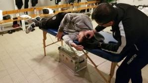 Бой и кръв в Гърция, шият главата на треньора на ПАОК след удар с кен от бира
