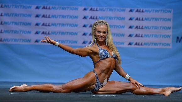 Световната ни шампионка по фитнес с дебют в съдийството