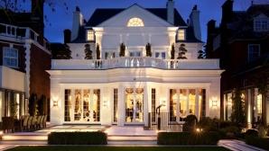 Антъни Джошуа се влюби в имение за 27 млн. паунда (галерия)
