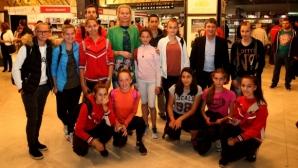 Стефка Костадинова и Валентин Йорданов поощриха млади спортисти