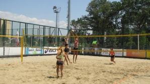 Рекорден брой женски двойки на първия турнир от Beach Volley Mania