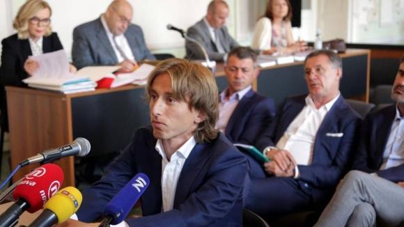 Проблеми и за Модрич - може да лежи в затвора до 5 г.