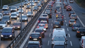 Ето колко и какви автомобили карат българите
