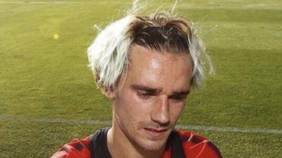 Какво е сложил Гризман на главата си… коса