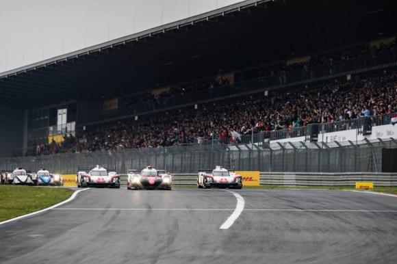 """Porsche затвърдиха победата от """"Льо Ман"""" с успех на германска земя (видео)"""