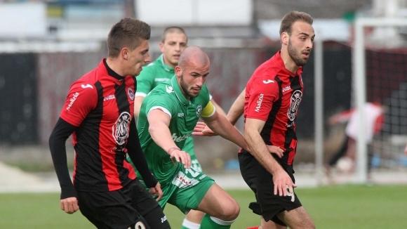 Лудогорец 2 започна с успех новия сезон във Втора лига, разочарование за Локо (Сф)