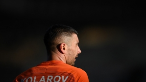 Коларов пристигна в Бостън преди трансфера в Рома (видео + снимка)