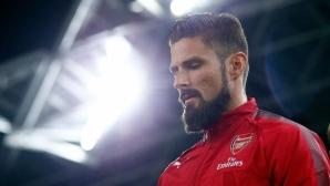 Жиру готов да остане и да се бори за място в Арсенал