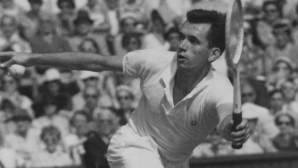 Австралийската тенис легенда Мервин Роуз почина на 87-годишна възраст