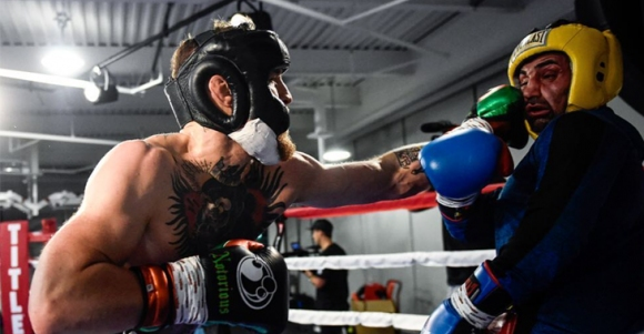 Боксьор отказал спаринг с Макгрегър