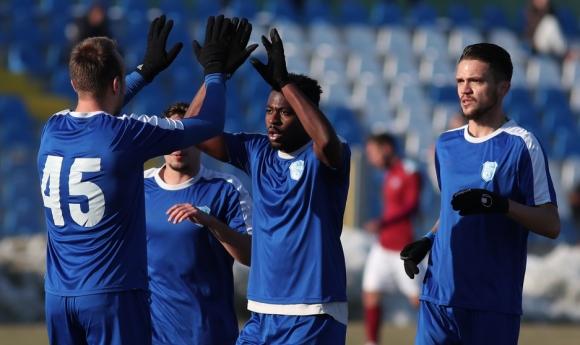 Спартак (Плевен) стартира с победа в Трета лига