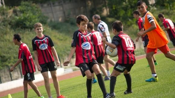 Децата на Локо (Дряново) ще участват в три турнира