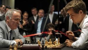 Гари Каспаров се завърна с реми