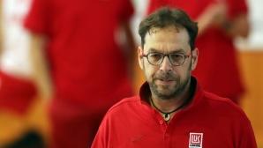 Новият треньор на Лукойл: Това е шампионски отбор (видео+галерия)