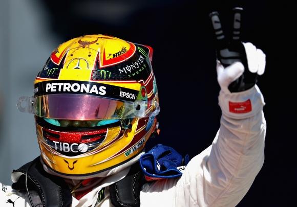 """Хамилтън е новият лидер във Формула 1 след победа на """"Монца"""""""