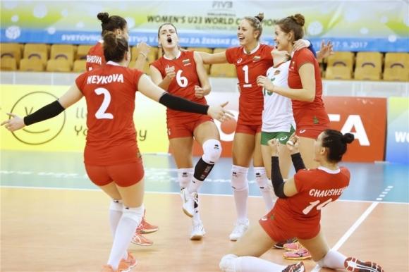 България се доближи до 1/2-финал на световното след страхотен обрат срещу Куба (снимки)