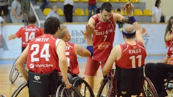 Демонстративен мач по баскетбол на колички ще се играе в рамките на Баскетболния ден